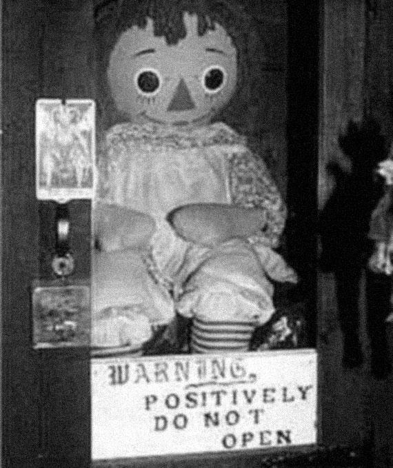 Haunted Dolls: Annabelle, A Creepy Raggedy Ann Doll