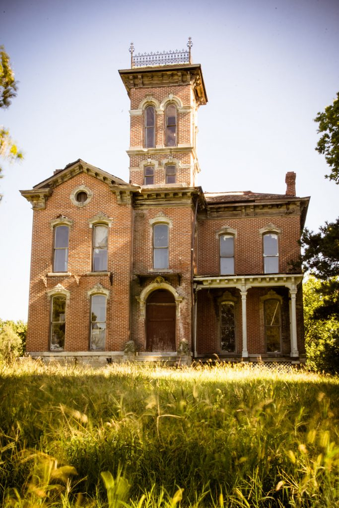 Real Haunted Houses: Sauer Castle