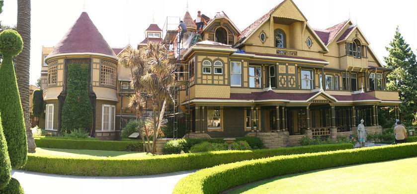 Real Haunted Houses: Winchester Mystery House